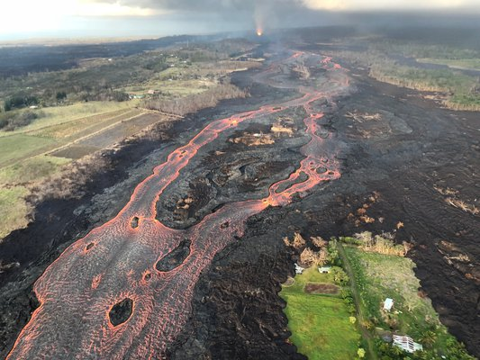 This is a picture of the 2018 eruption of Kilauea Volcano's Lower East Rift Zone